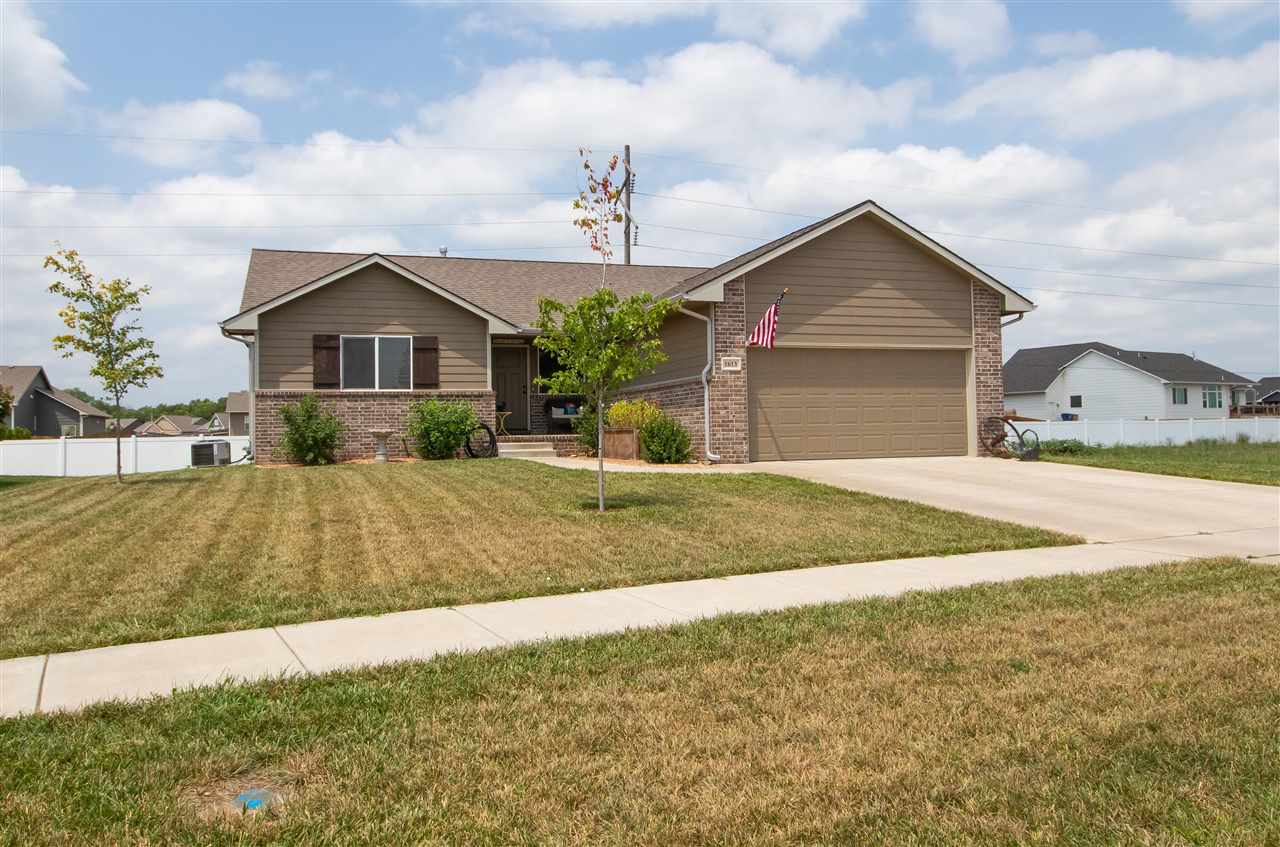 This 2 bedroom, 2 bathroom, ranch home in west Wichita in the Maize school district sits in a quiet