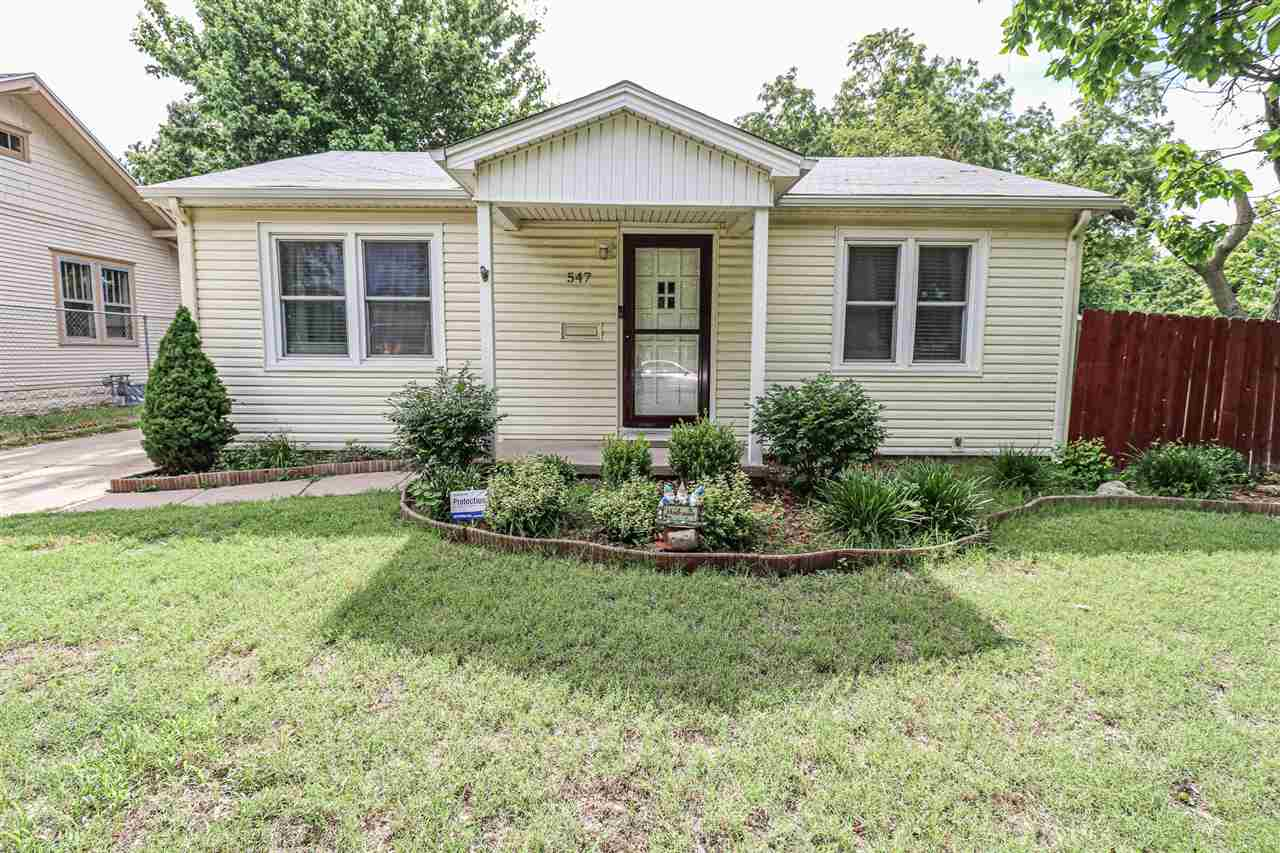 Come check out this adorable well maintained 2 bed, 1 bath home in central/west Wichita! While pulli
