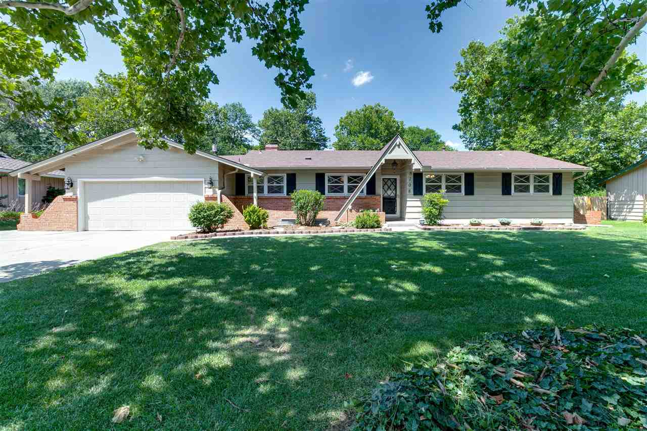Check out this beautiful, move in ready ranch centrally located in Bonnie Brae Addition.  You will l