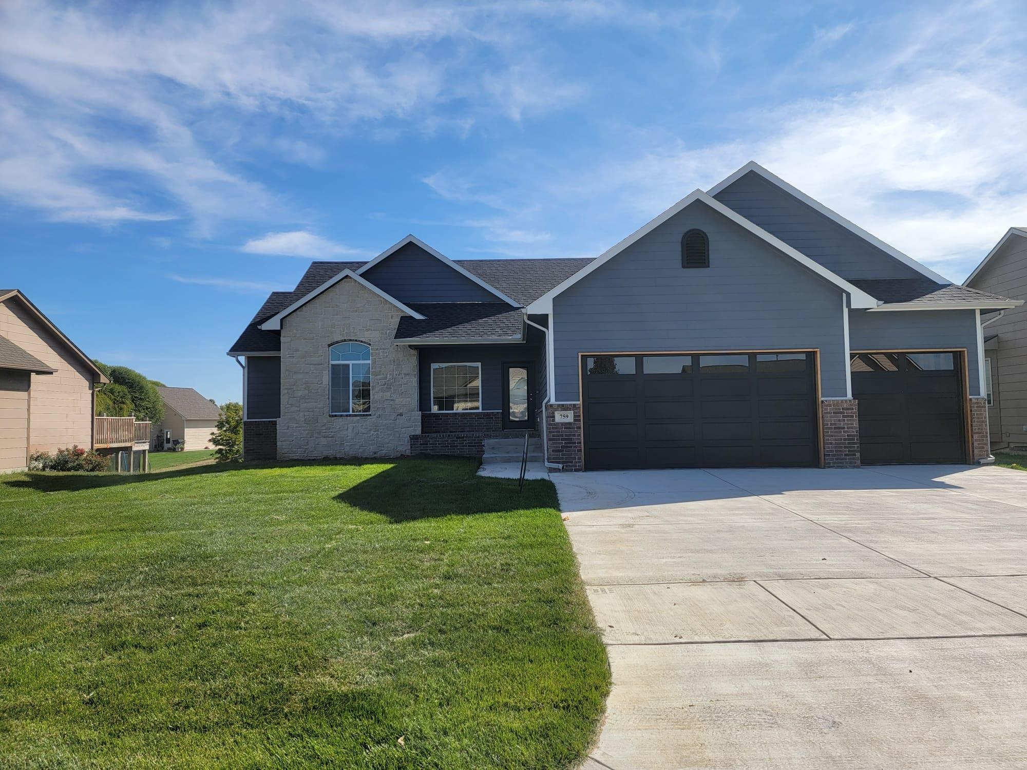 07/30/2021* Trim Stage* Custom beautiful home, 3000 square feet with 5 bedrooms 3 bathrooms 3 car at