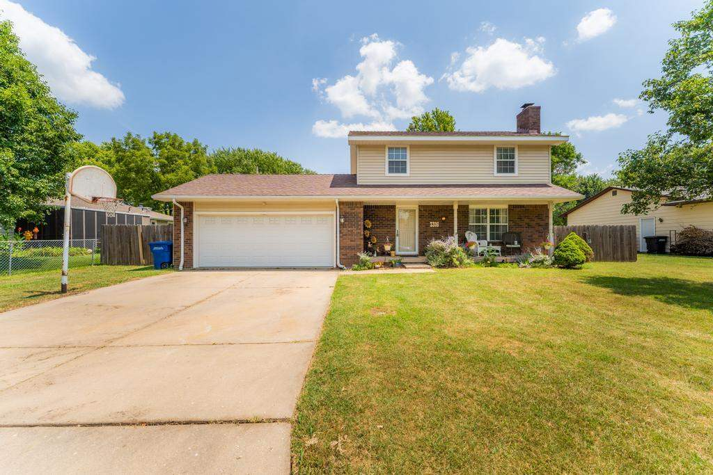 Incredible family home! Relax on your large front porch! Stepping into your formal entry way you wil