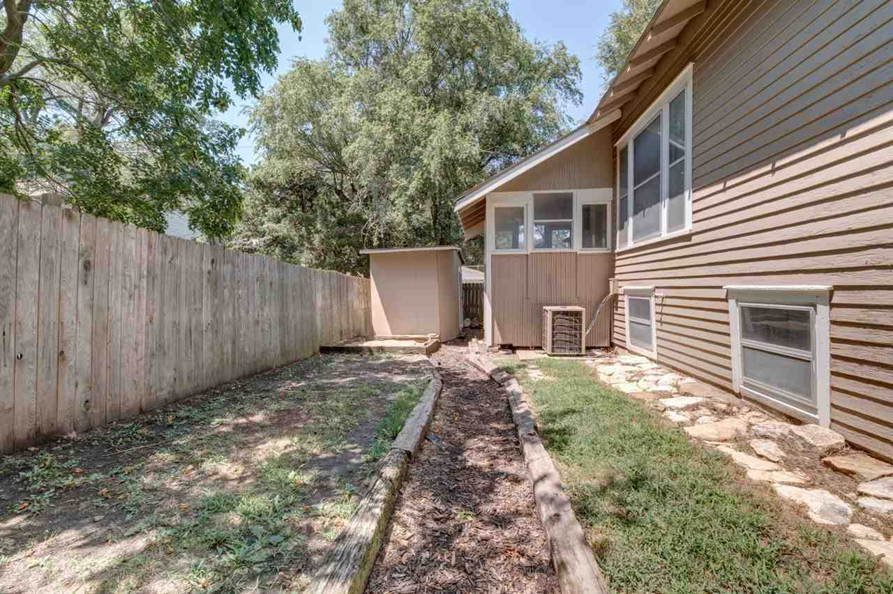 For Sale: 1015 N Pine St, Newton KS