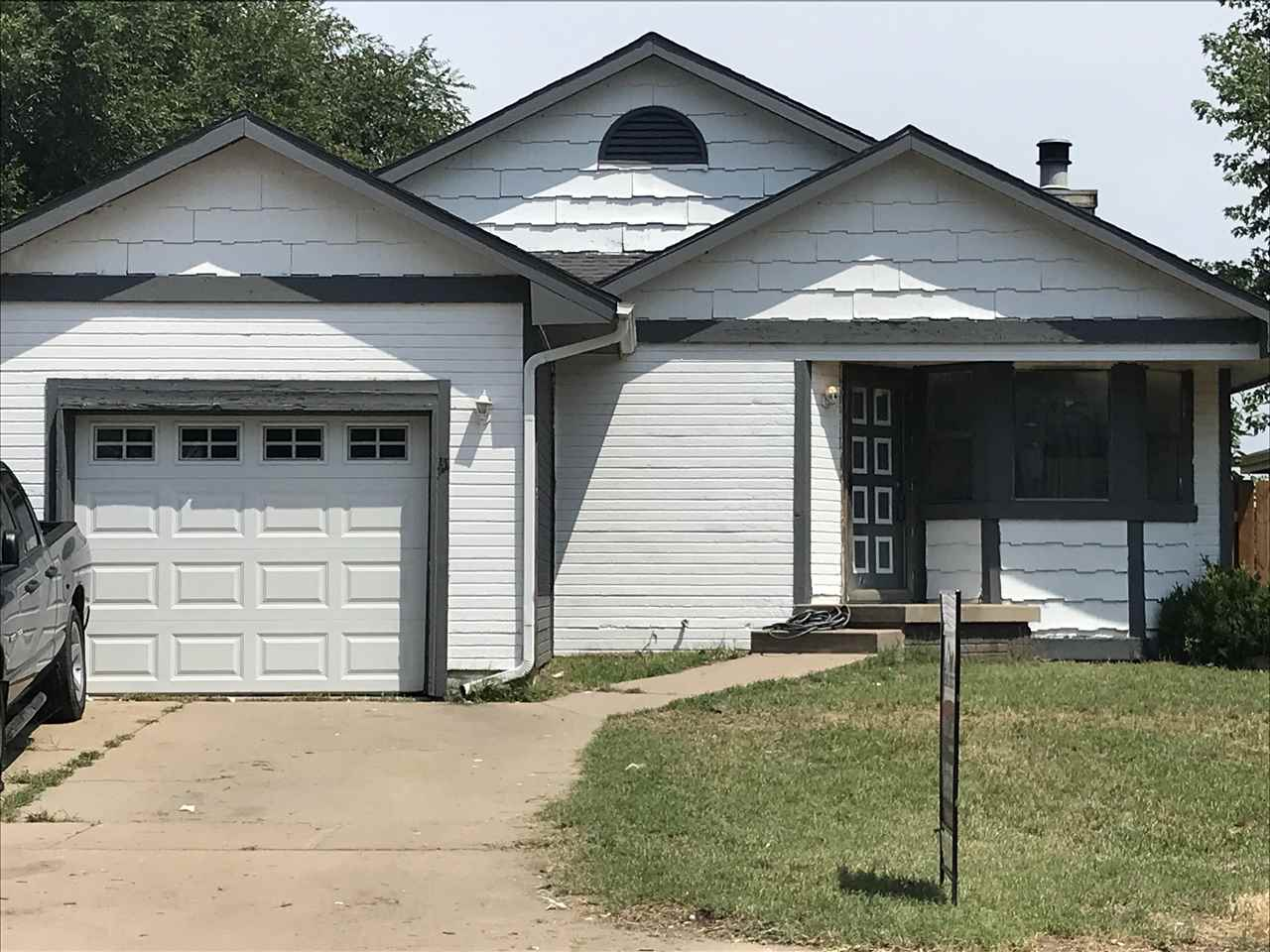DON'T MISS THIS DARLING TWO BEDROOM, TWO BATHROOM HOME  WITH A HUGH FAMILY ROOM PLUS  BONUS ROOM IN