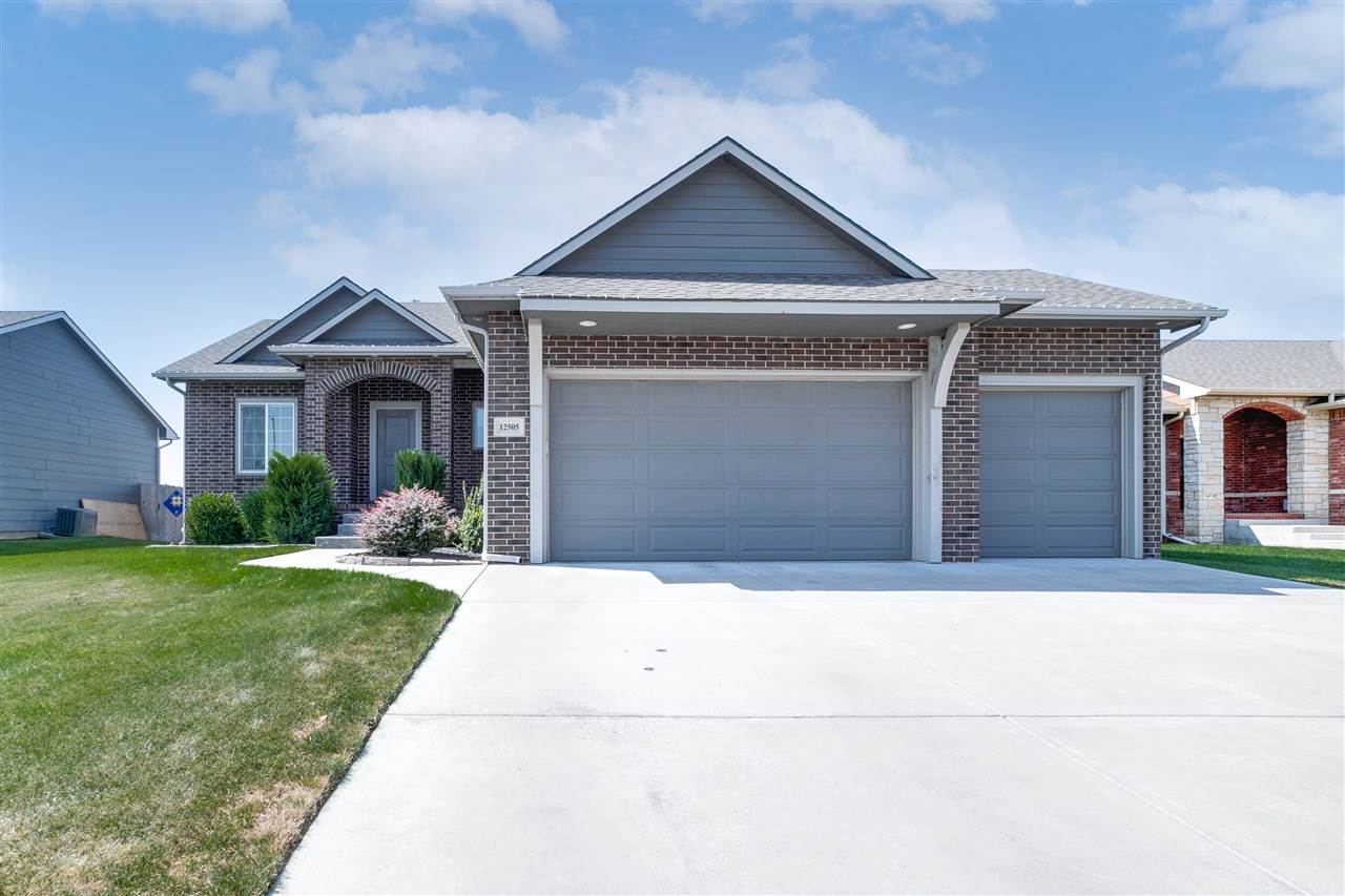 Gorgeous well maintained home. This home is super clean and has all the bells and whistles. With 5 b