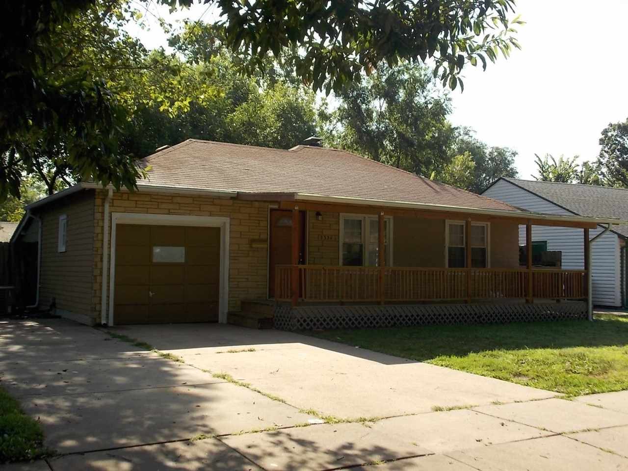 BEAUTIFUL  RANCH HOME WITH 2 BEDROOMS ,  2  FULL  BATHS , BRAND NEW WET-BAR , FINISHED BASEMENT WITH