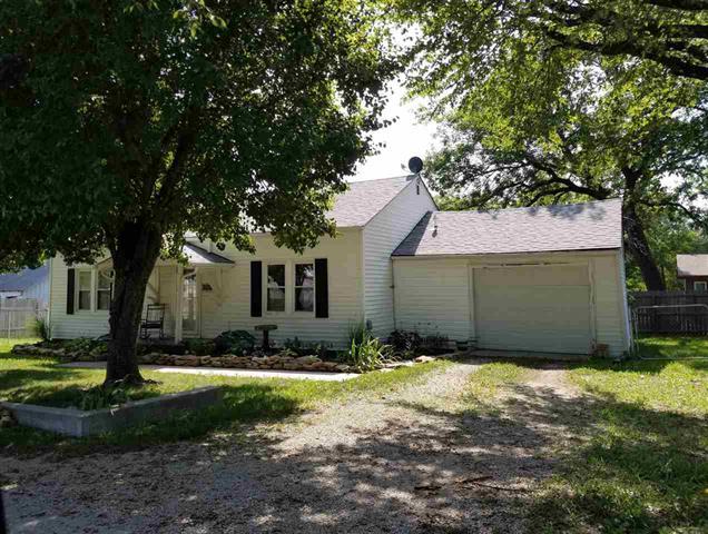 For Sale: 713 N Greenwood, Eureka KS