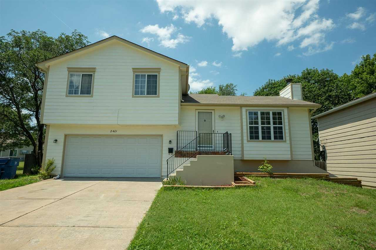 Property offered at ONLINE ONLY auction. BIDDING OPENS: Tuesday, August 10th, 2021 at 2:00 PM (cst)