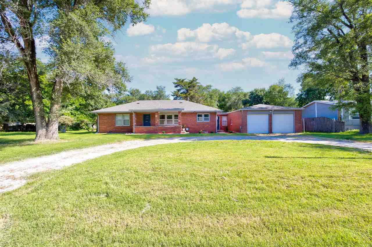 Move in Ready! This all BRICK home was recently updated! This 3 bedroom, 2 bath has a new kitchen in