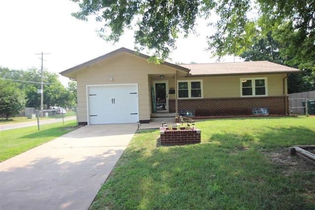 For Sale: 4602 S Vine Ave, Wichita KS
