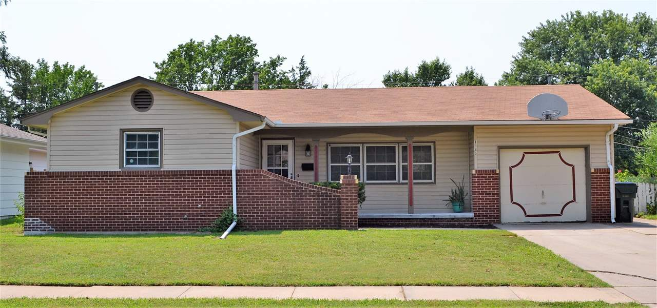 Don't miss this updated move in ready home in the heart of Wichita. This home is walking distance to