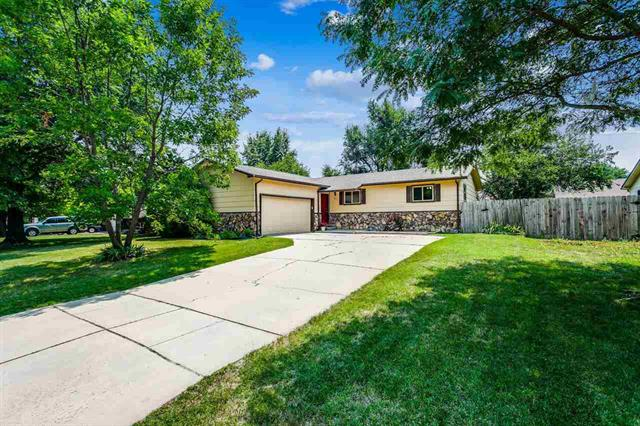 For Sale: 5731  AYESBURY CIR, Wichita KS