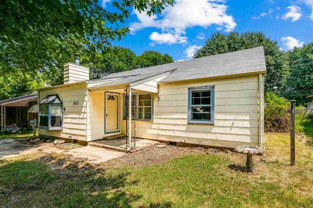 For Sale: 1612  Cron St, Augusta KS
