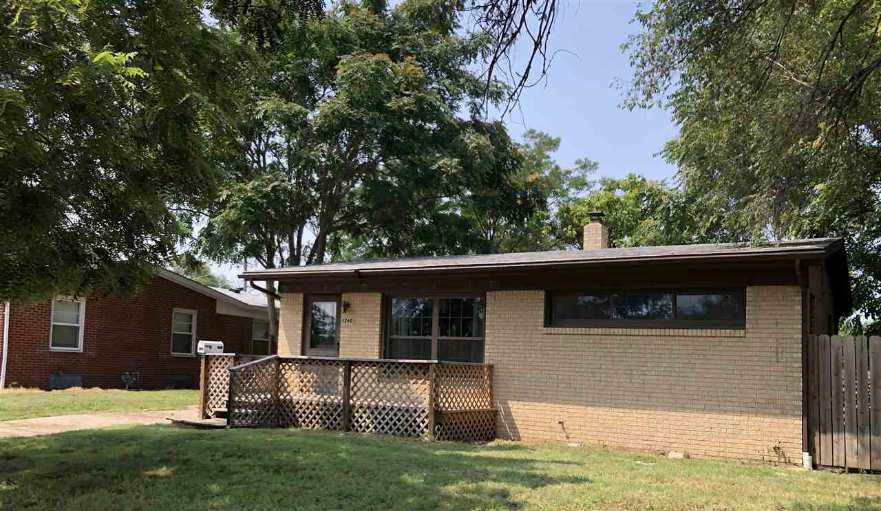 Super cute and move in ready!  This home has so much to offer.  With an open floorplan, it is a grea