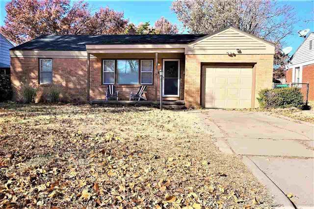 For Sale: 2059 S Ridgewood Dr, Wichita KS