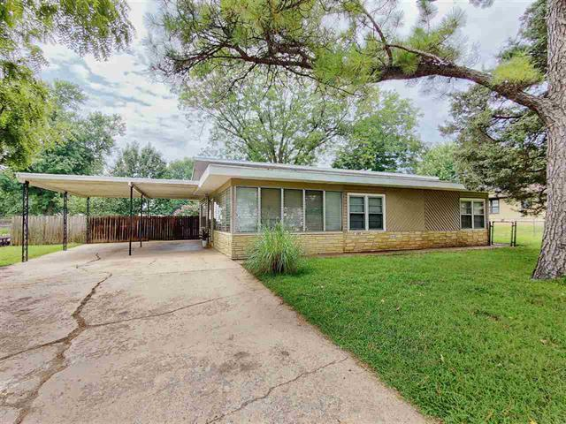 For Sale: 337 S GORIN ST, Clearwater KS