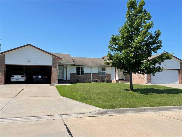 For Sale: 605  South Meadows Dr, Hesston KS
