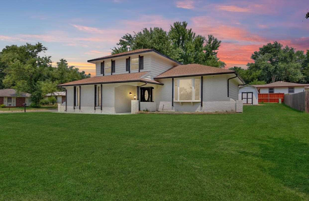 Totally updated and upgraded!  When you pull up to this home, you'll instantly notice the great corn