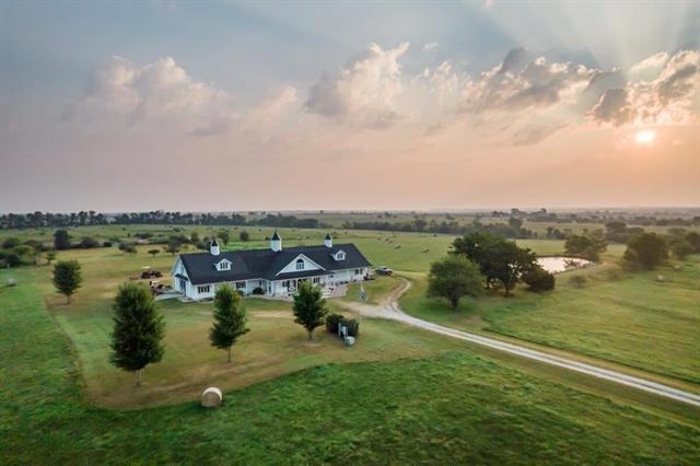 For Sale: 211  K ROAD, Piedmont KS
