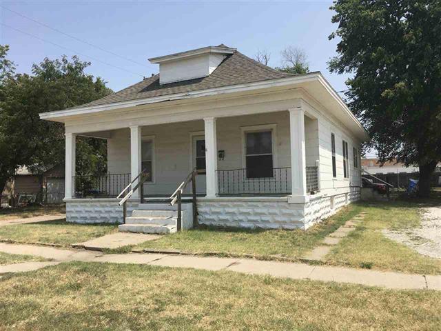 For Sale: 606 N Washington St, Hutchinson KS