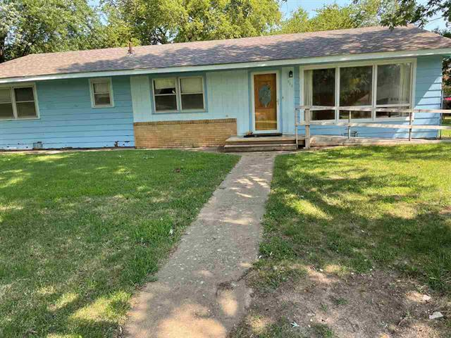 For Sale: 315 W Maple St, Oxford KS