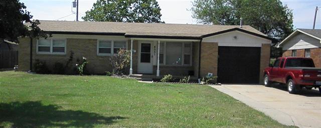 For Sale: 4551 S Elizabeth Ave, Wichita KS