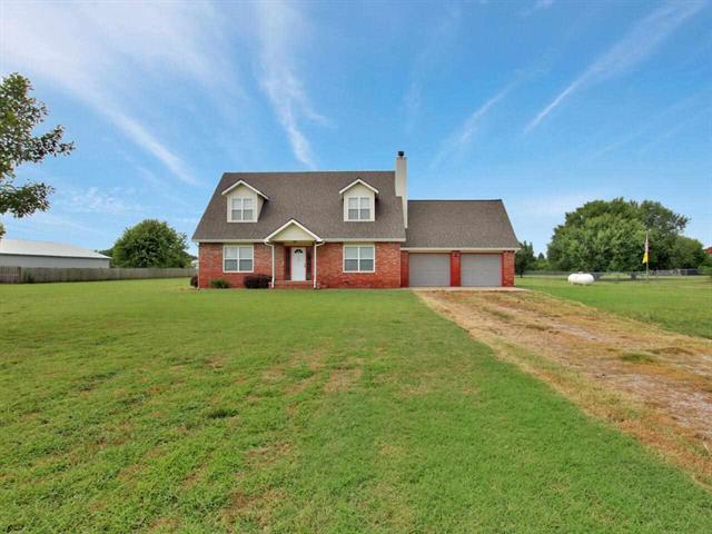 For Sale: 1437 N Tomahawk Rd, Peck KS