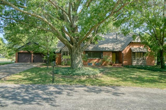 For Sale: 550 S WEST SHORE LN, Wichita KS