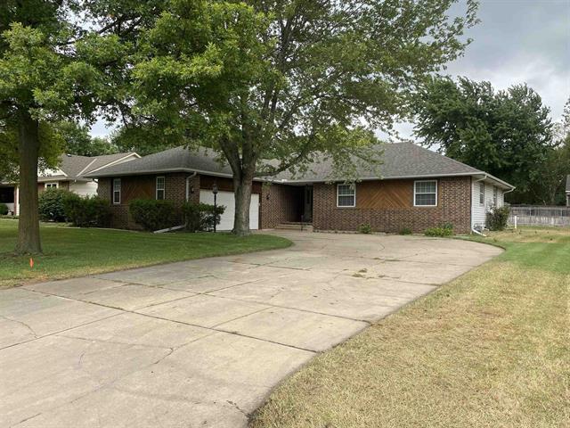 For Sale: 218 N Parkridge St, Wichita KS