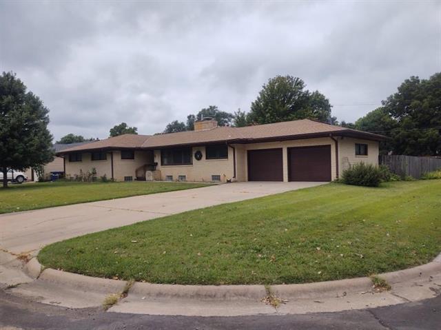 For Sale: 1821  Moyle St, Augusta KS
