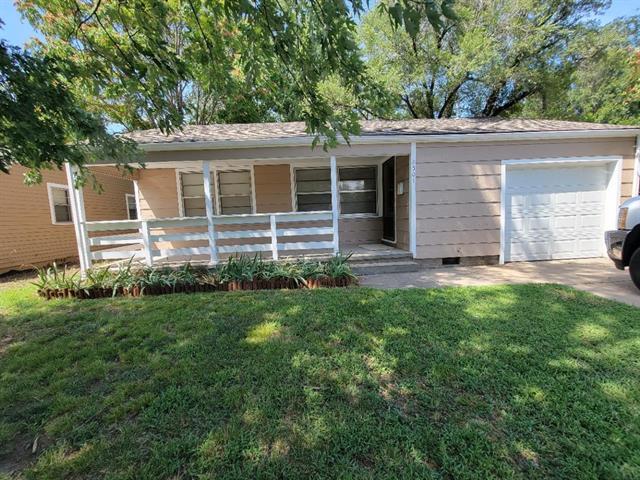For Sale: 2501 S Victoria Ave, Wichita KS