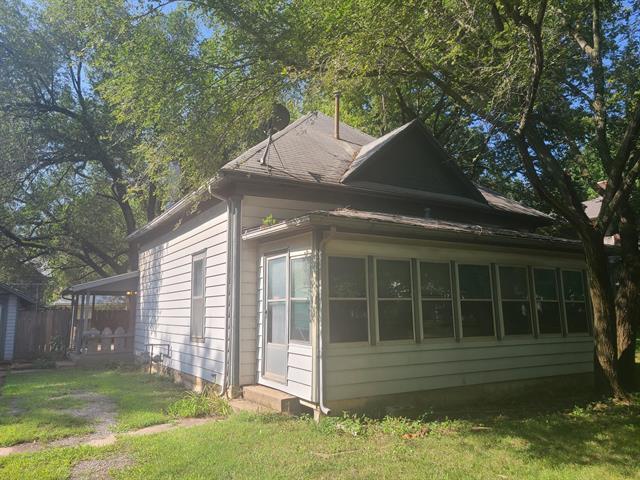 For Sale: 127 E Clark, Augusta KS