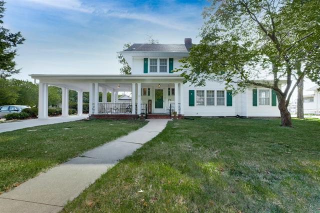 For Sale: 120 S Pine St, Newton KS