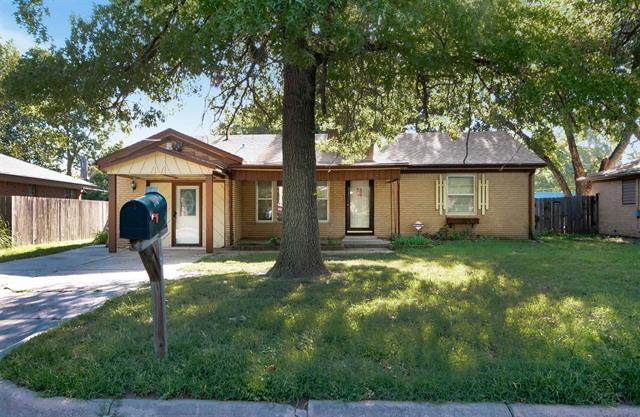 For Sale: 1304 N Saint Paul St, Wichita KS