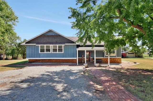 For Sale: 209 N Fifth Ave, Anthony KS