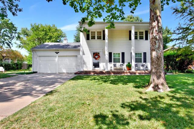 For Sale: 518  Akron St, Augusta KS
