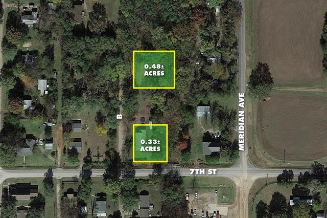 For Sale: 810 N Ave B, Peck KS