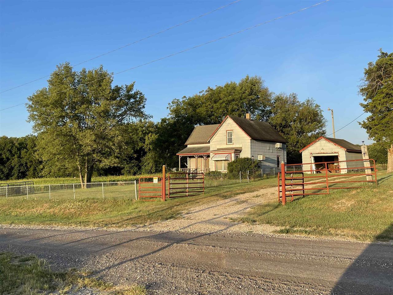 For Sale: 18101 SW Diamond Rd, Douglass KS