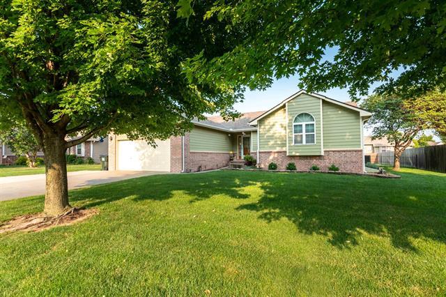 For Sale: 1222  Redbud Ct, Halstead KS