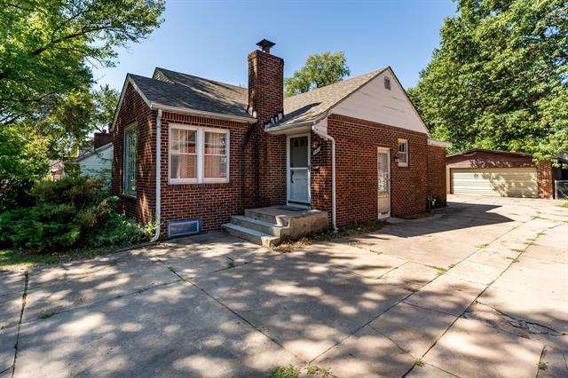 For Sale: 637 S Broadview St, Wichita KS