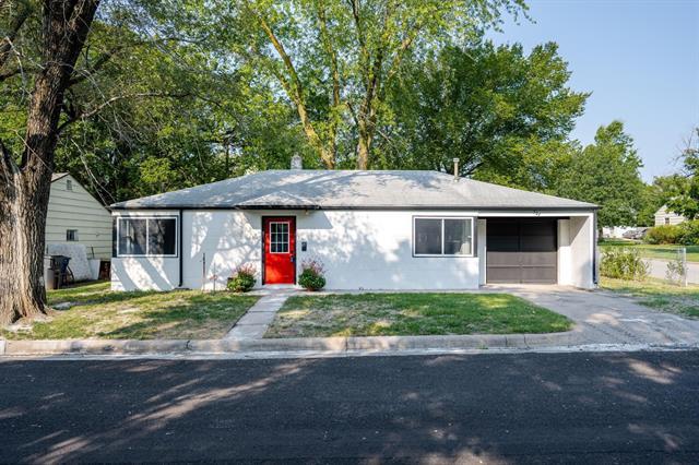 For Sale: 527  Sunnyside, Newton KS