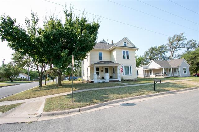 For Sale: 401 SW 4th, Newton KS
