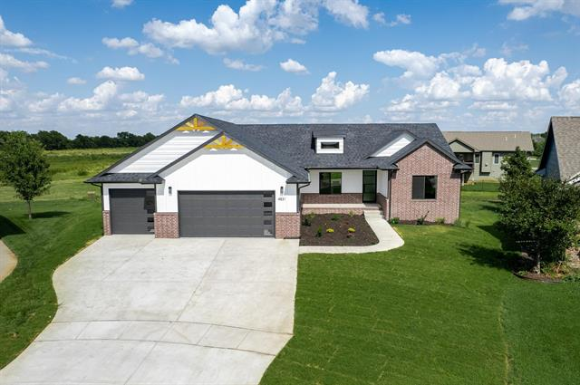 For Sale: 4831 N Emerald Ct, Maize KS