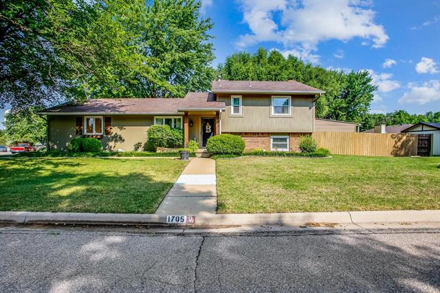 For Sale: 1705 N Baltimore Ave, Derby KS