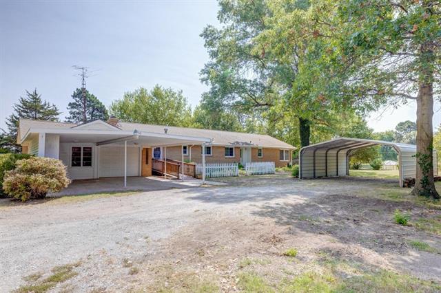 For Sale: 106 N Ohio, Oxford KS