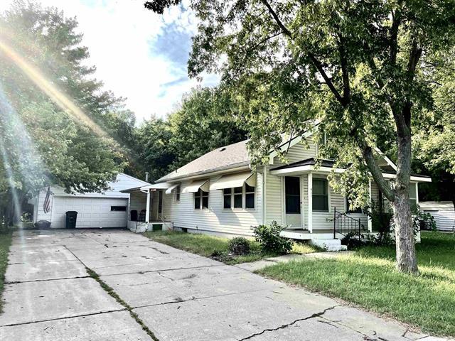 For Sale: 411 S Dinsmore Ave, Lyons KS