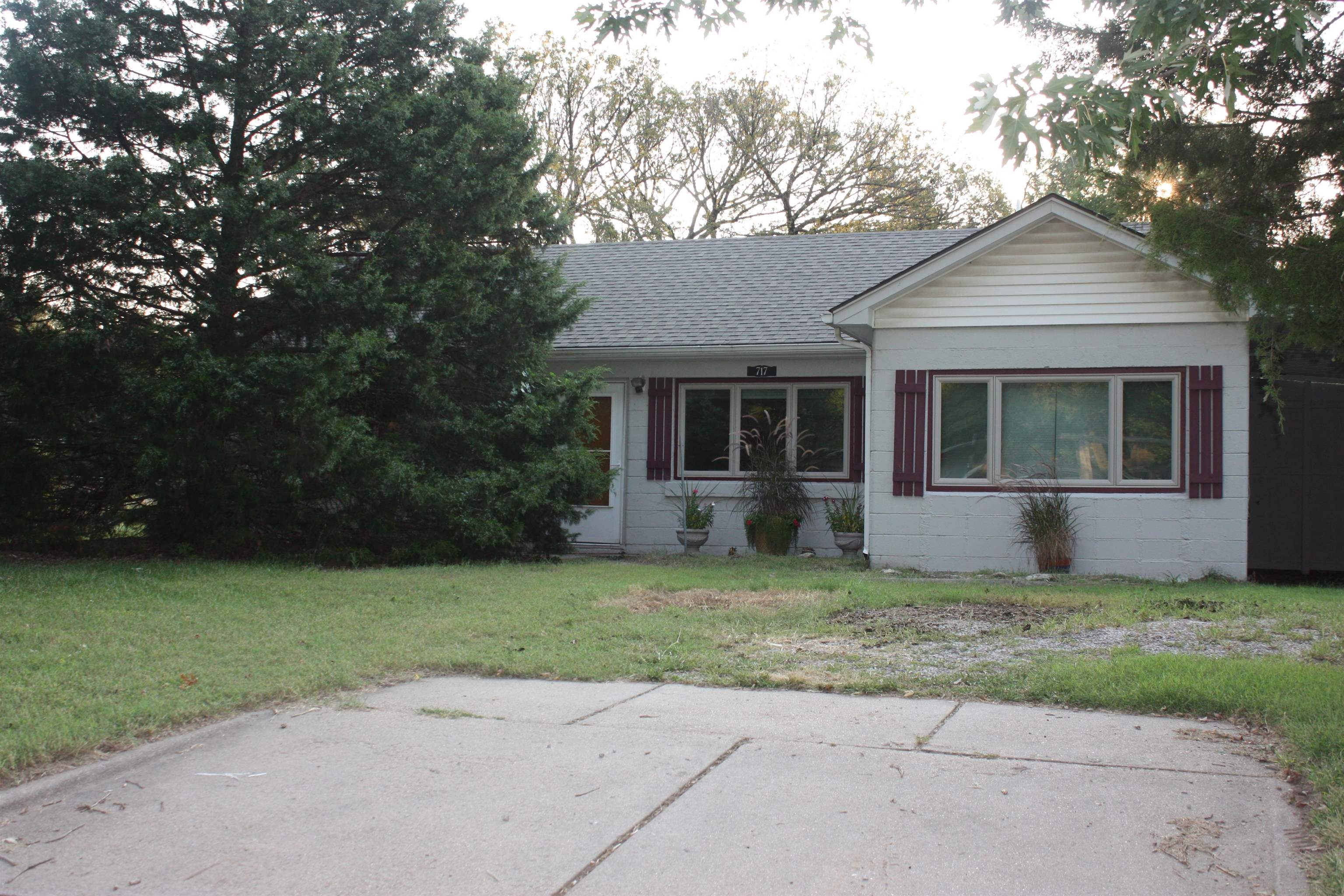 Looking for a nice house with a large lot to build a shop or garage? This is it! Close to Hwy 235 so