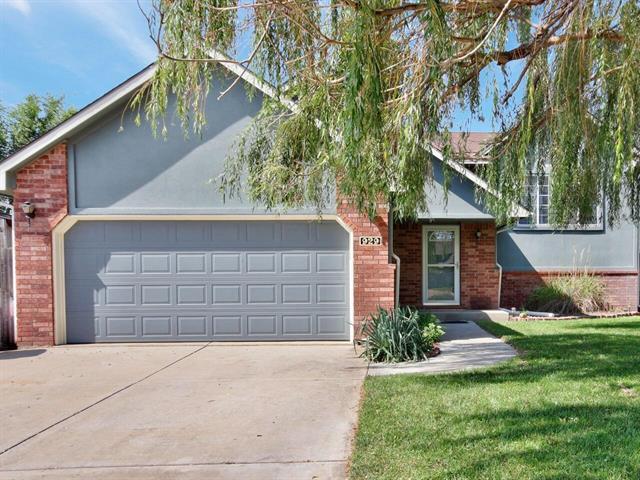 For Sale: 929  Southwind Ct, Goddard KS