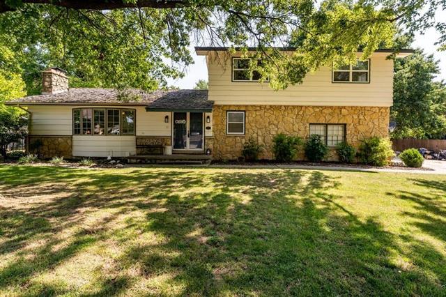For Sale: 11216 W Valley Hi Ct, Wichita KS