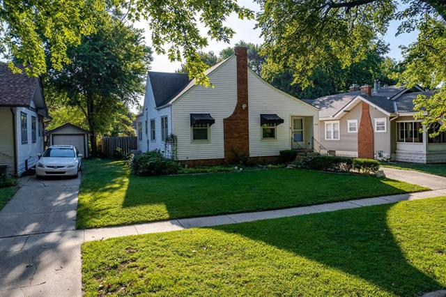 For Sale: 950 N Perry Ave, Wichita KS
