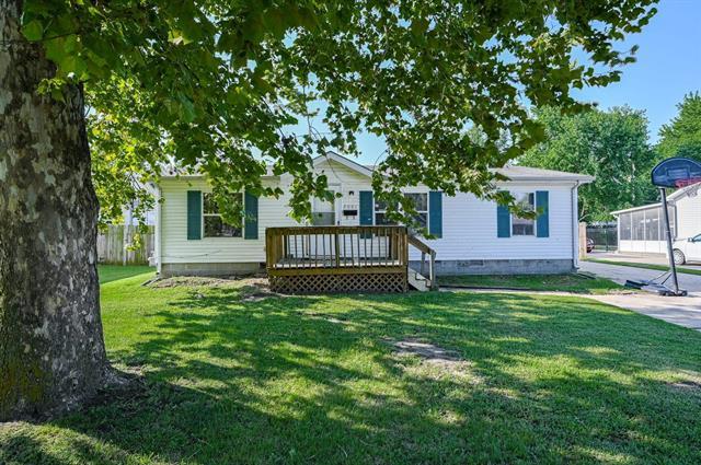 For Sale: 2001 E 53rd St S, Wichita KS